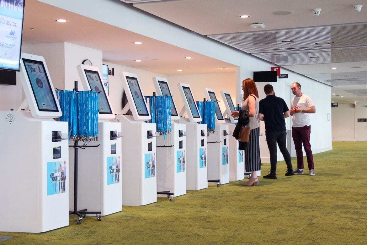 Hongzhou information kiosk machine appearance in airport-2